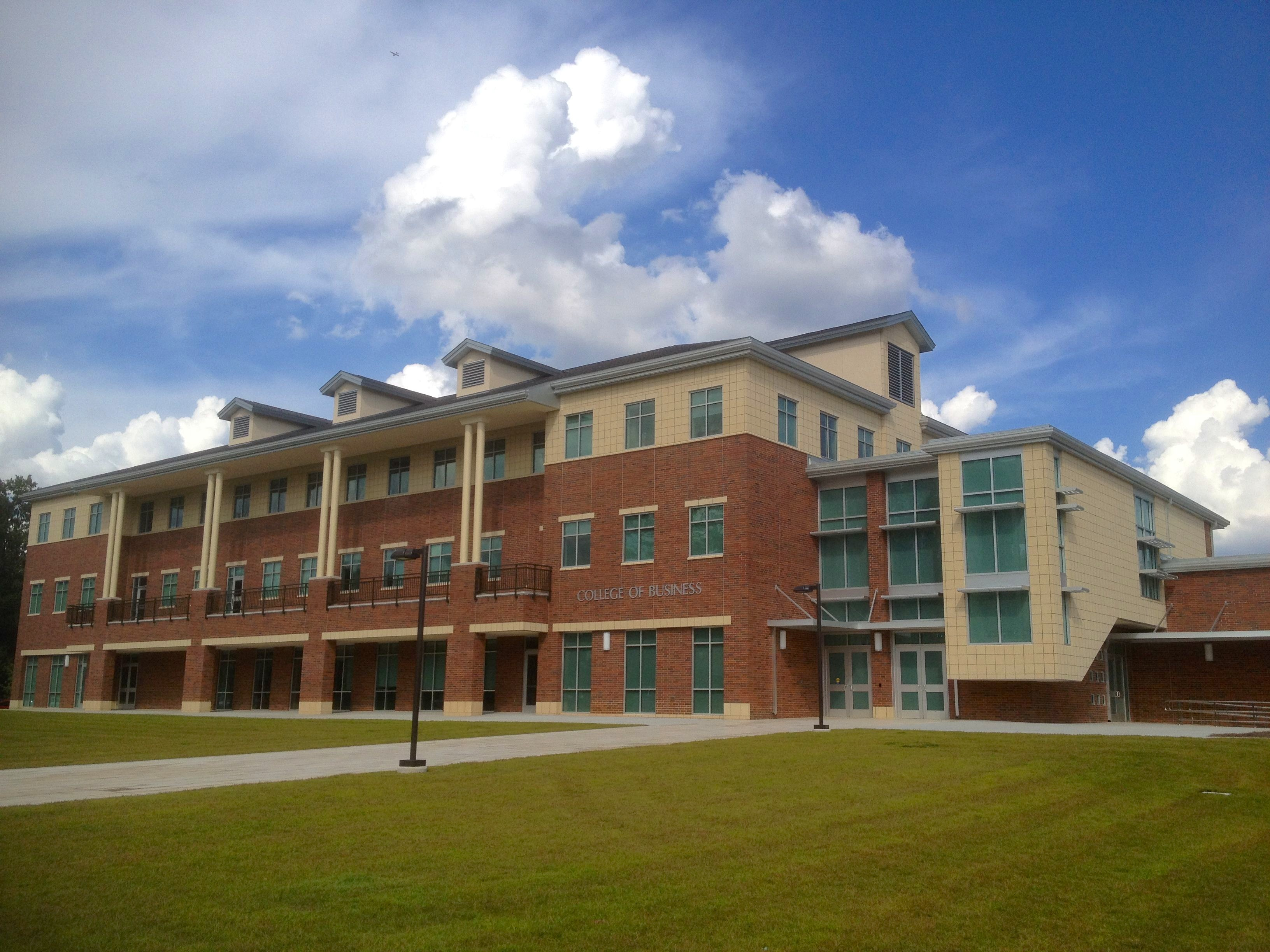 Southeastern Louisiana University College of Business Part Time MBA
