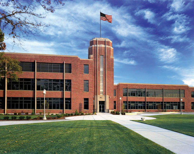 Salem State University School of Business and Economics Full Time MBA