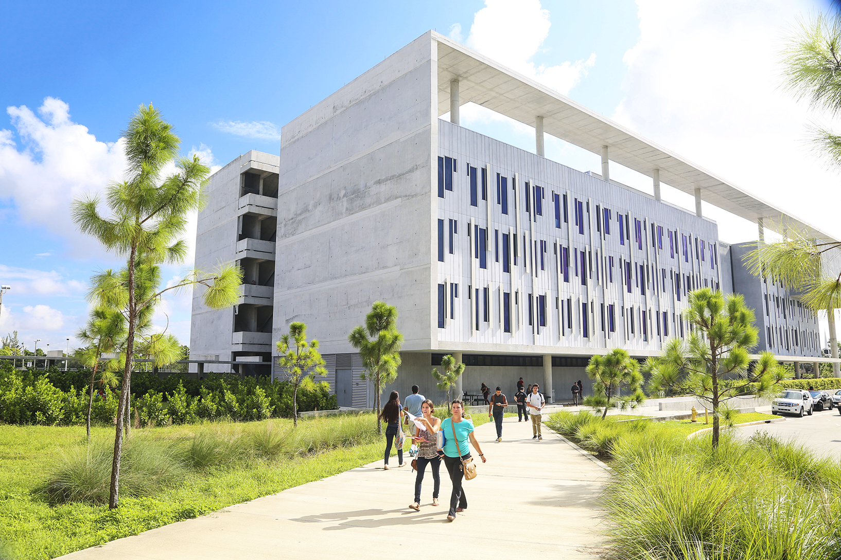 Miami Dade College | Colleges | Noodle