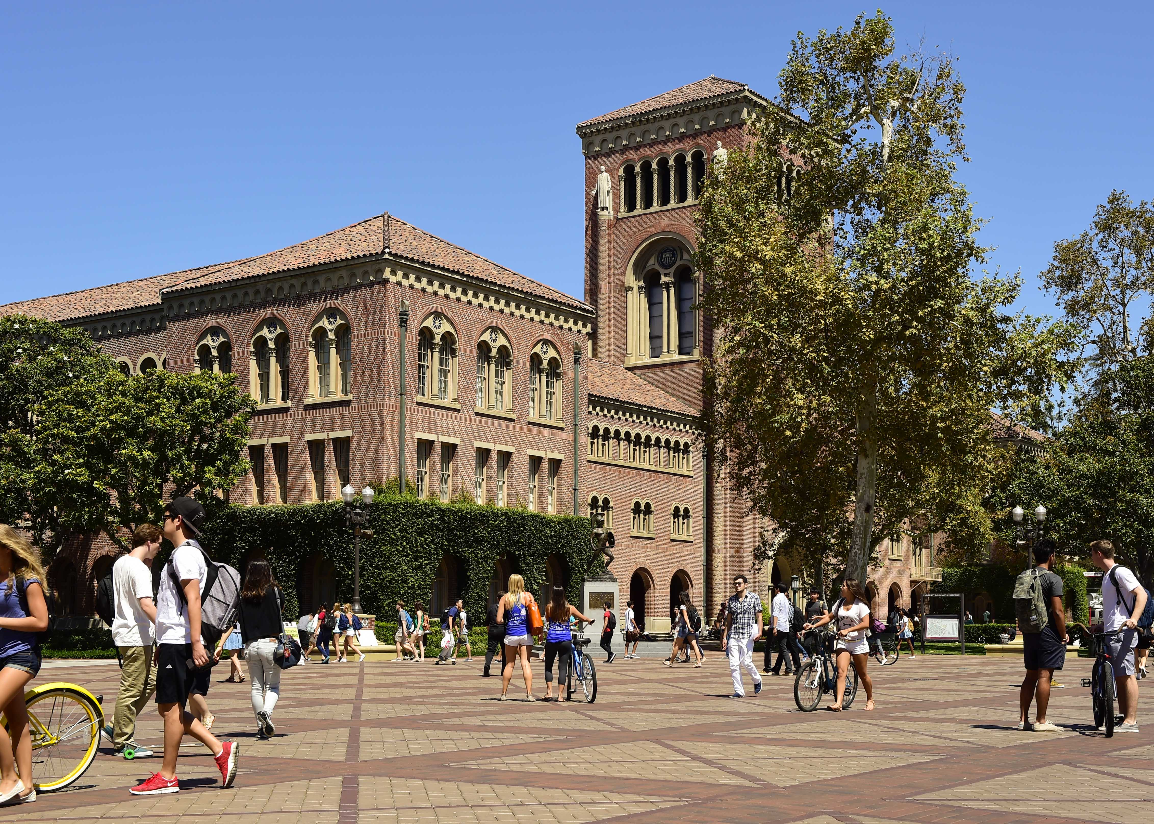 usc creative writing mfa According to a statement released last friday, seven first-year mfa candidates at the university of southern california's roski school of art and design.