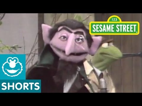 Sesame Street: Kermit Reports News On Three Little Pigs And Count Ruins It