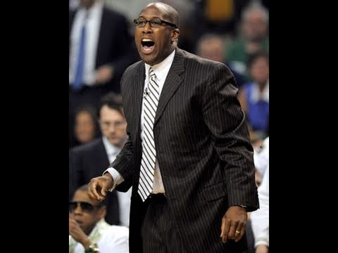 Mike Brown in Negotiations to Become Next Lakers Coach