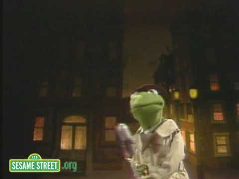 Sesame Street: Kermit Is An  Angry News Reporter