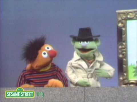 Sesame Street: Ernie And The Elephant Picture