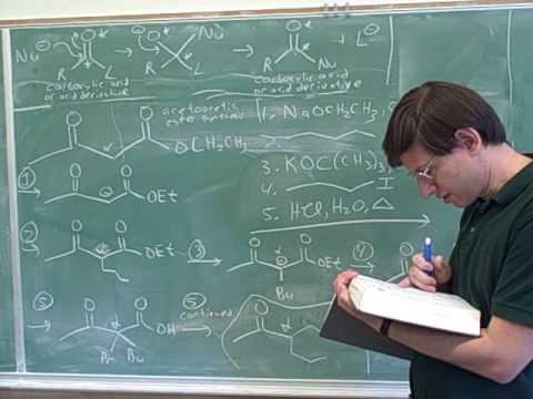 Claisen condensation. 1,3-dicarbonyls (12)