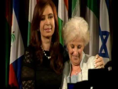 Plaza de Mayo Grandmothers receive UNESCO Peace Prize