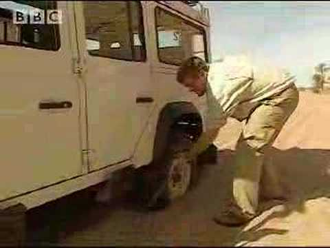 Driving on sand - Ray Mears Extreme Survival - BBC