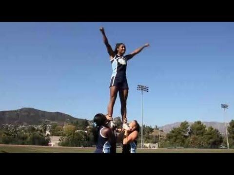 Cheerleading Stunts: Basic Stunting Technique