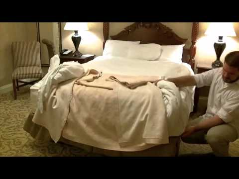 How to Check a Hotel Room For Bed Bugs