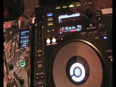 Pioneer  CDJ-900  Auto beat loop feature vid 1