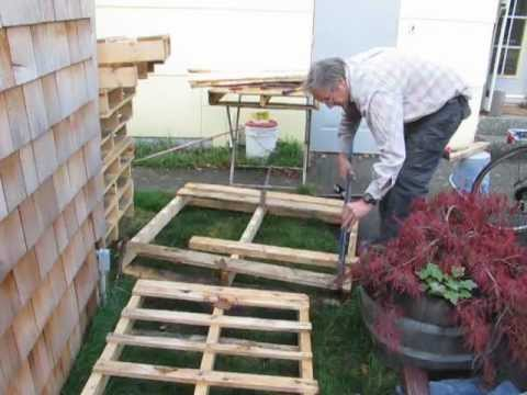 It's EASY to take pallets apart! Try this method.