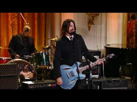 "IN PERFORMANCE AT THE WHITE HOUSE | Dave Grohl ""Band on the Run"" 