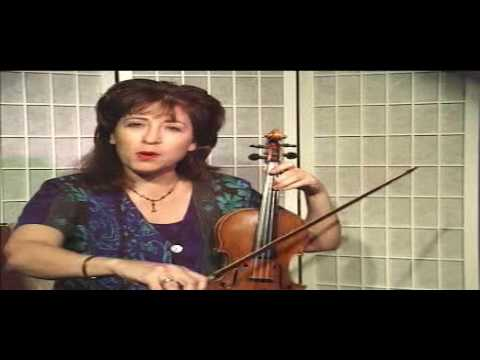 "Violin Lesson - Song Demonstration - ""Lightly Row"""