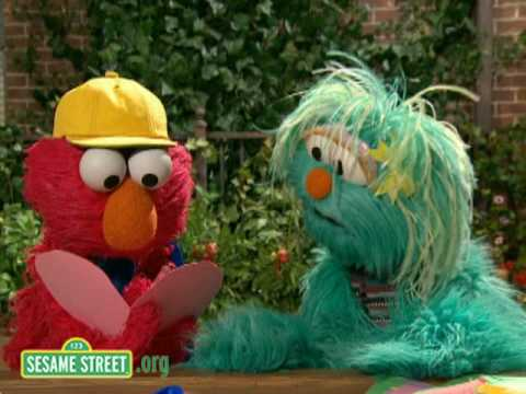 Sesame Street: Elmo's Card Blows Away