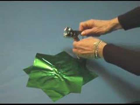 DIY -- How to Make Metallic Paper Poofs (Flowers) for Your C