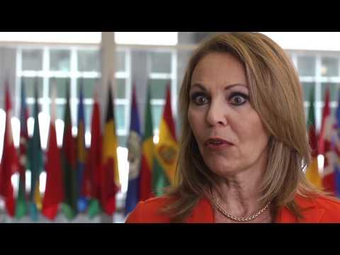 María Elena Salinas habla de la importancia del Mes de la Herencia Hispana