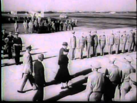 B-29's Fly From Japan TO Chicago In 25 Hours (1945)