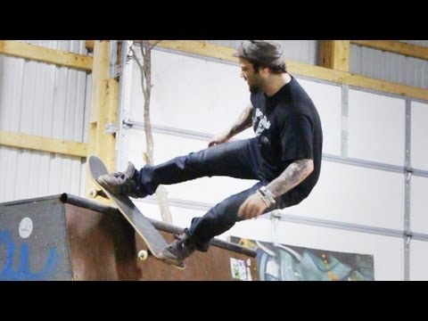 How to Skateboard with Bam Margera: Ramp Tricks / Rock 'n  Roll