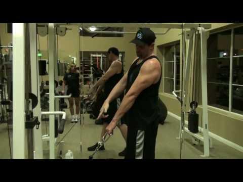 Reverse Biceps Curl w D-Ring