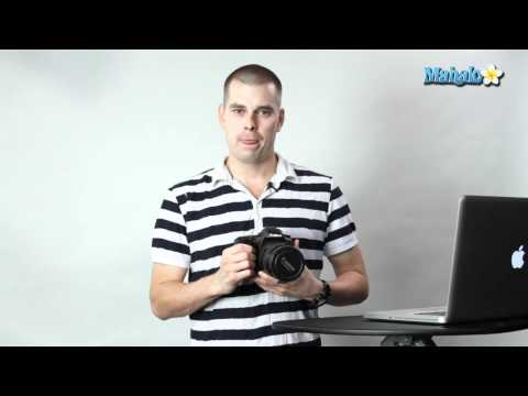 How to Set the Language on a Canon 7D DSLR