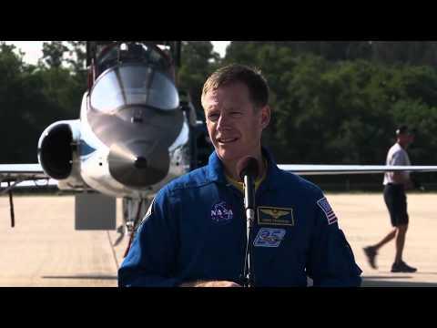 Final Shuttle Crew Meets Media