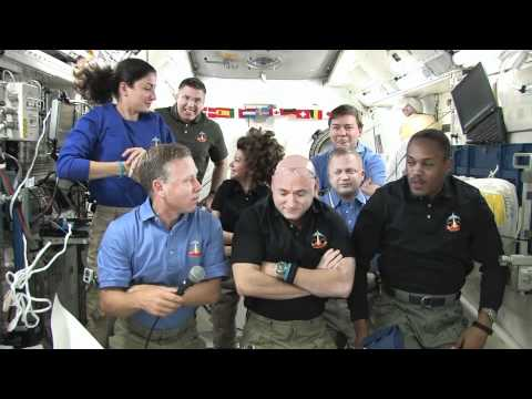 On-Orbit Astronauts Talk with Marshall Interns