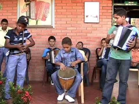 Colombian Music: Turco Gil's Accordion Academy