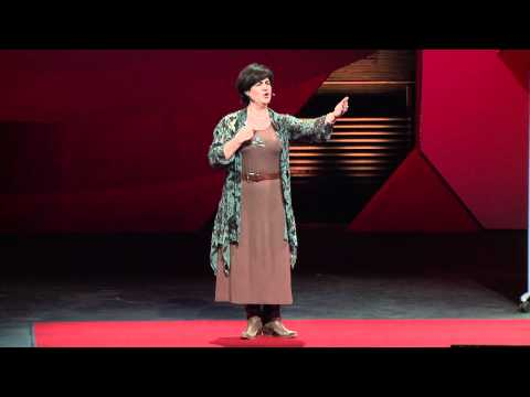 TEDxGrandRapids - Linda Ragsdale - Picturing Peace Now