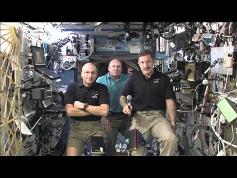 Station Crew Discusses Life in Space with the News Media