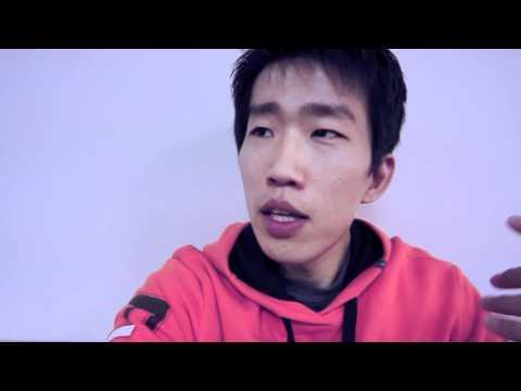Vlogging in Korean or in Japanese?