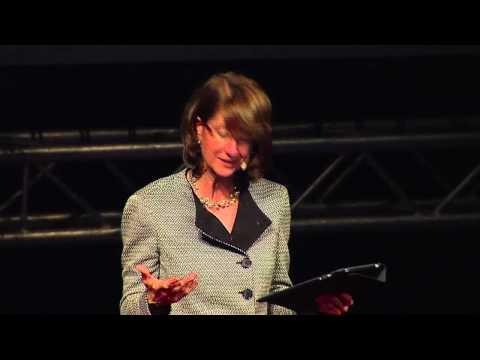 TEDxPura Vida 2012 - Anne Andrew - Innovación en el gobierno