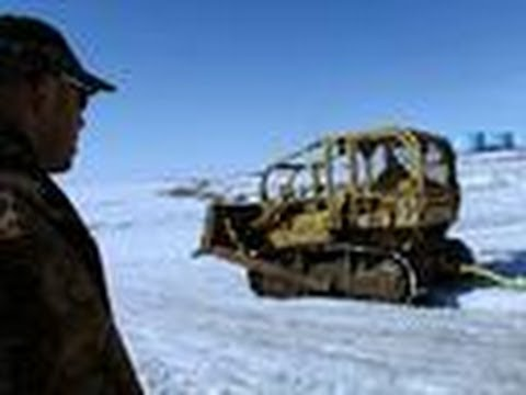 Racing to Hit the Ice | Bering Sea Gold: Under the Ice