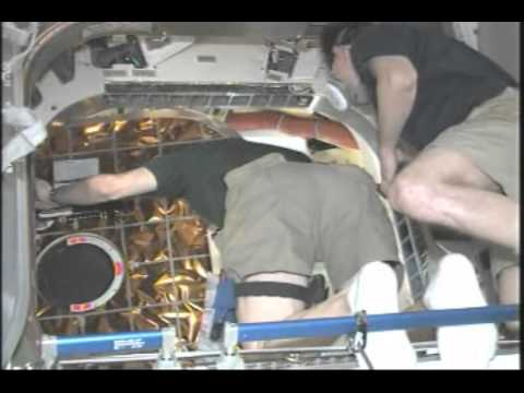 Station Crew Opens Dragon's Hatch