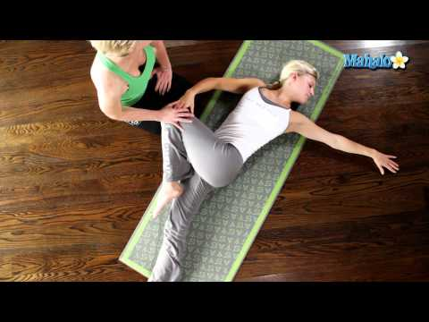 Yoga for Your Neck - Easy Spinal Twist