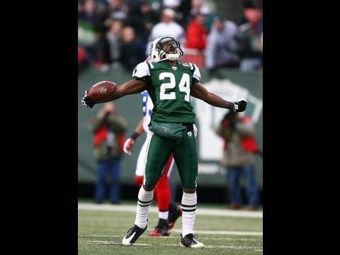 NFL trainer: darelle revis ACL knee injury football
