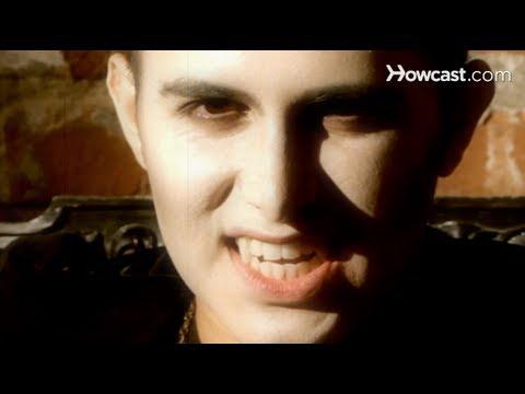 Halloween Makeup Tutorial: Vampire Makeup / Lips