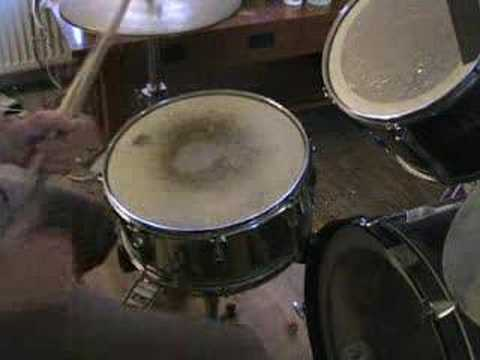 Drum tutor , How to do a rim shot.
