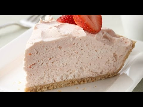 Strawberry Cheesecake (No Bake!) - RECIPE