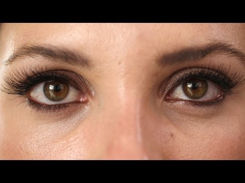 False Lashes: How to Apply Them KIN BEAUTY