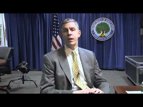 Secretary Duncan answers a Facebook question for the week of 3/4/2011