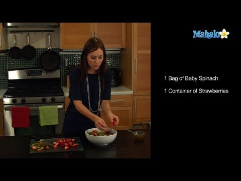How to Make a Strawberry Spinach Christmas Salad