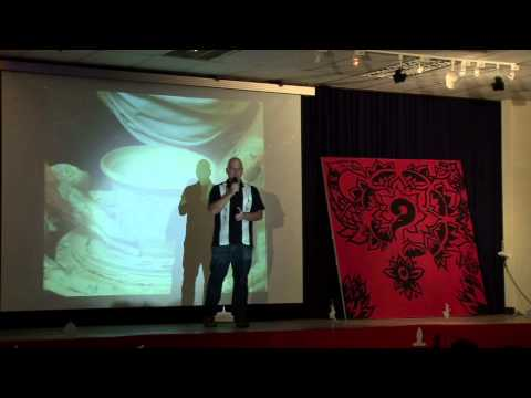 TEDxPhnomPenh - Derek Sivers- Why You Need to Fail