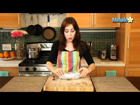 How to Make a Foil-Wrapped Baked Potato