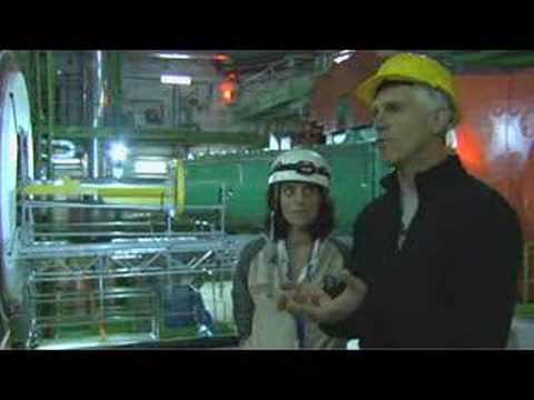 Installation of the LHC beam pipe in the CMS experiment