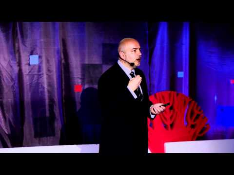 TEDxVorobyovy-Gory - Alexander Dobroer - A man of the City 2.0: texts and contexts