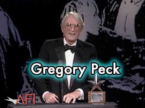 Gregory Peck Accepts the AFI Life Achievement Award in 1989