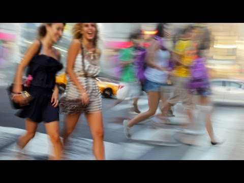 How to Dress in New York City to Get into Clubs | New York Fashion Tips