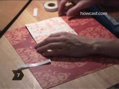 How to Assemble a Scrapbook