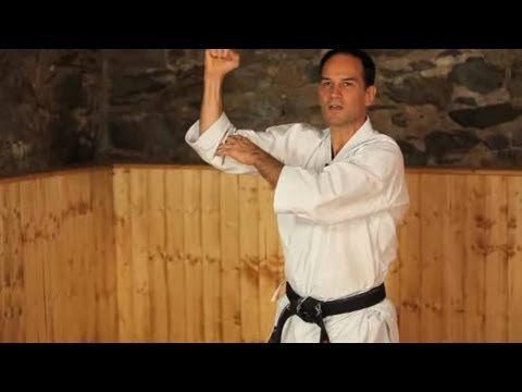 Karate Moves: Middle Blocks