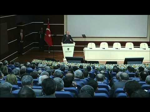 Free Syrian Army Rebels Take Refuge in Turkey